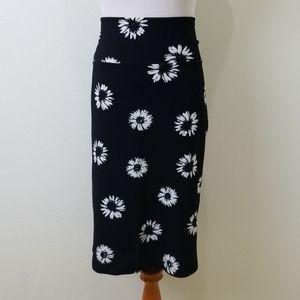 Lularoe Daisy Black and White Cassie Skirt